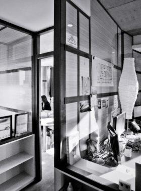 Bureau avec lampe design